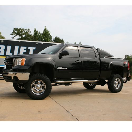 6-7.5in Chevy/GMC Lift Kit Gallery 3