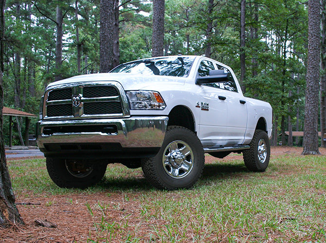 2.5in Dodge Front Leveling Kit Gallery 1
