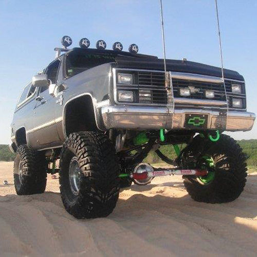 8in Chevy/GMC Lift Kit | Rear Block Kit Gallery 2