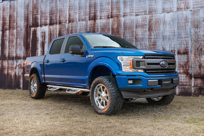 4.5in Ford Lift Kit Gallery 2