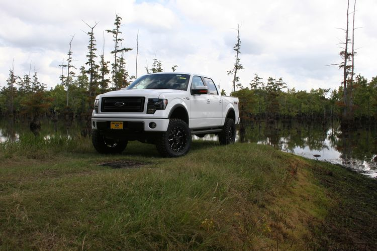 4.5in Ford Lift Kit Gallery 3